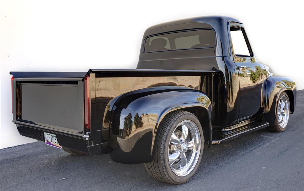 1955 FORD F-100 CUSTOM PICKUP - Rear 3/4 - 180805