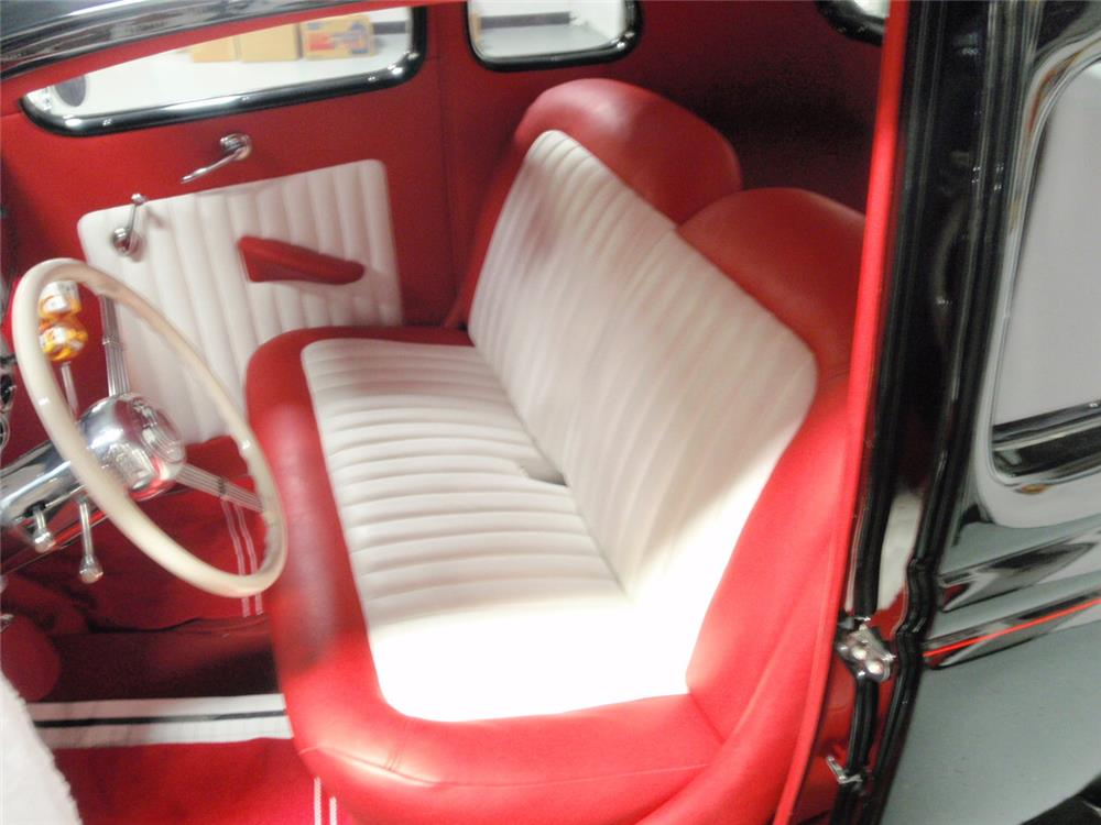 1936 FORD 5-WINDOW CUSTOM COUPE - Interior - 180823