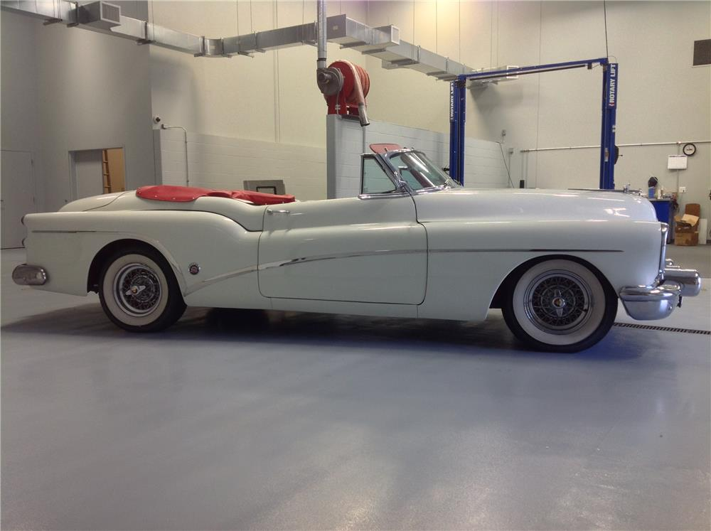 1953 BUICK SKYLARK CONVERTIBLE - Side Profile - 180836