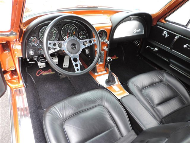 1965 CHEVROLET CORVETTE - Interior - 180838