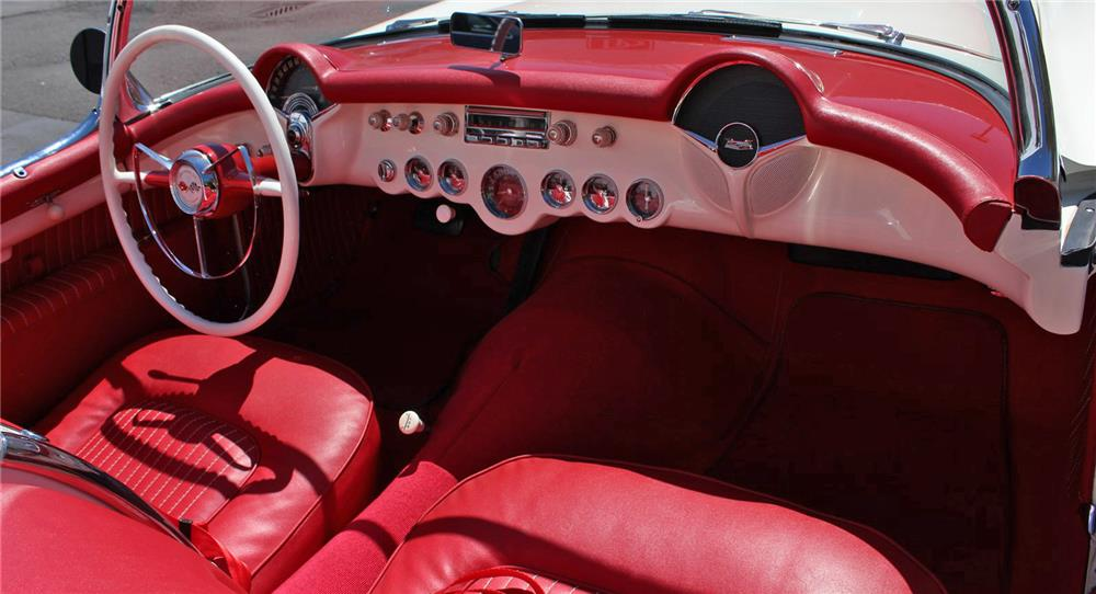 1954 CHEVROLET CORVETTE CONVERTIBLE - Interior - 180842
