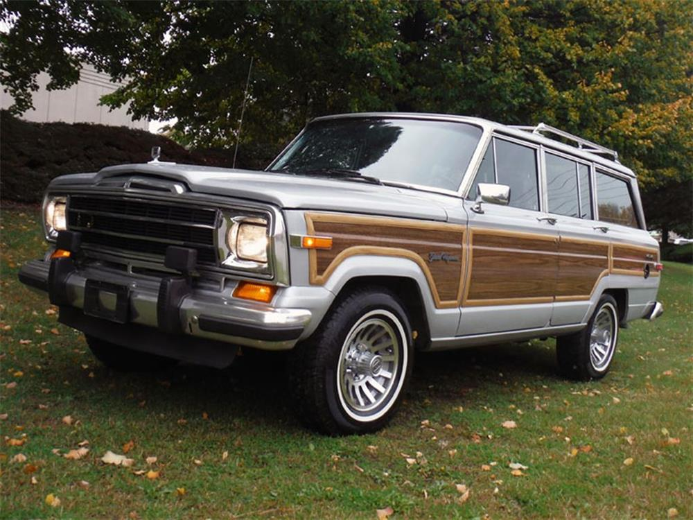 1989 JEEP GRAND WAGONEER LTD - Front 3/4 - 180844