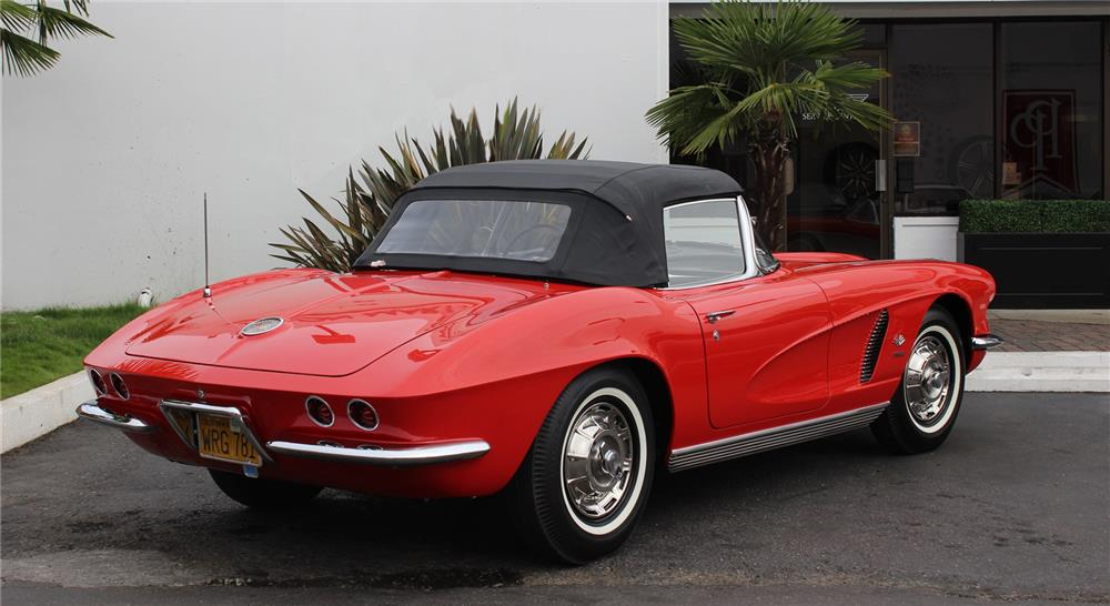 1962 CHEVROLET CORVETTE CONVERTIBLE - Rear 3/4 - 180852