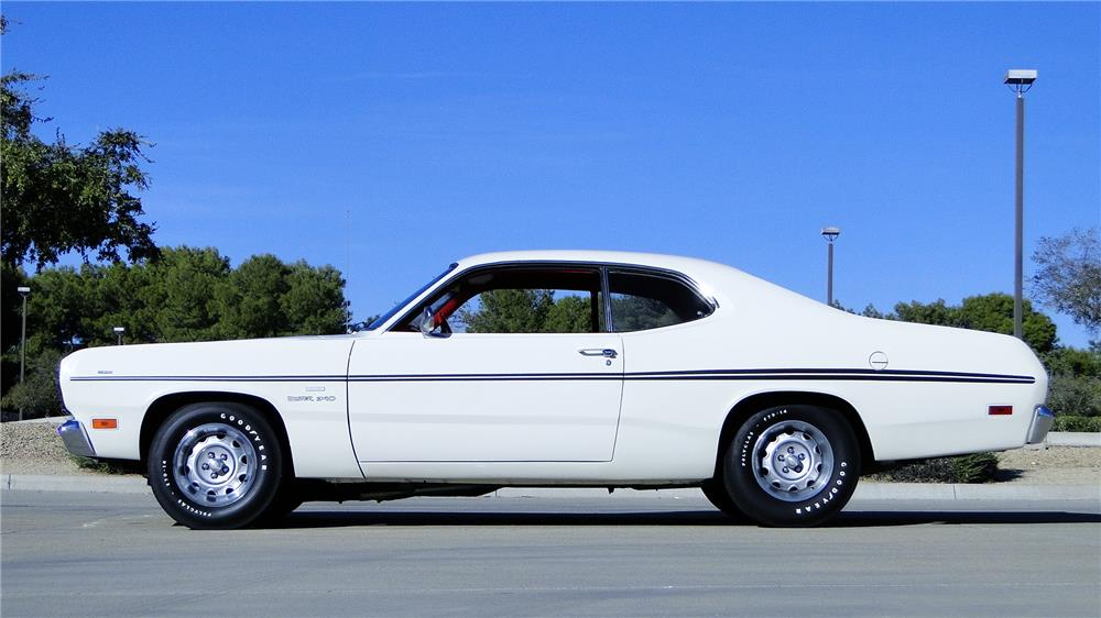 1970 PLYMOUTH DUSTER - Side Profile - 180859