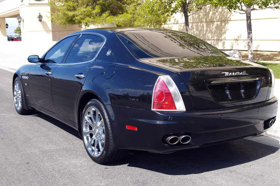 2007 maserati quattroporte 4 door sedan 180860. Black Bedroom Furniture Sets. Home Design Ideas