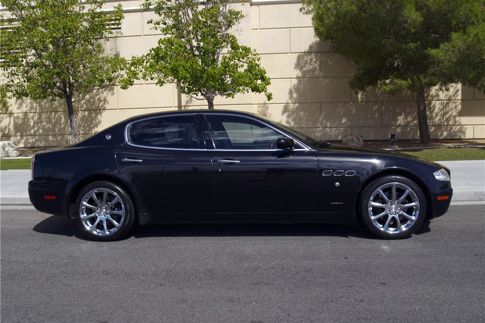 2007 MASERATI QUATTROPORTE 4 DOOR SEDAN - Side Profile - 180860