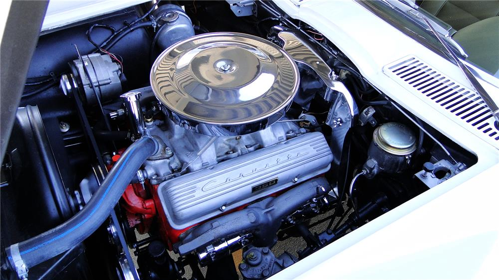 1965 CHEVROLET CORVETTE CONVERTIBLE - Engine - 180870