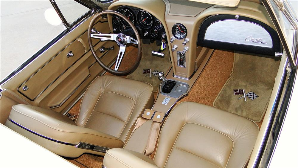 1965 CHEVROLET CORVETTE CONVERTIBLE - Interior - 180870