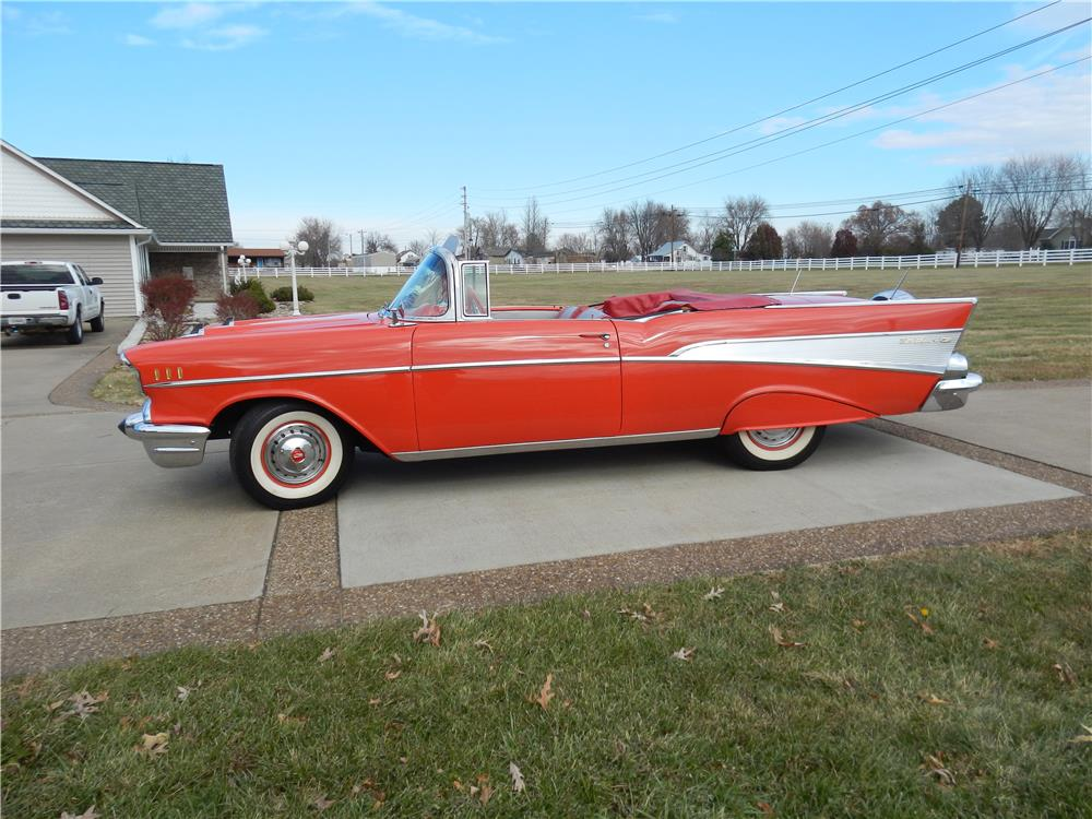 1957 CHEVROLET BEL AIR CONVERTIBLE - Side Profile - 180879