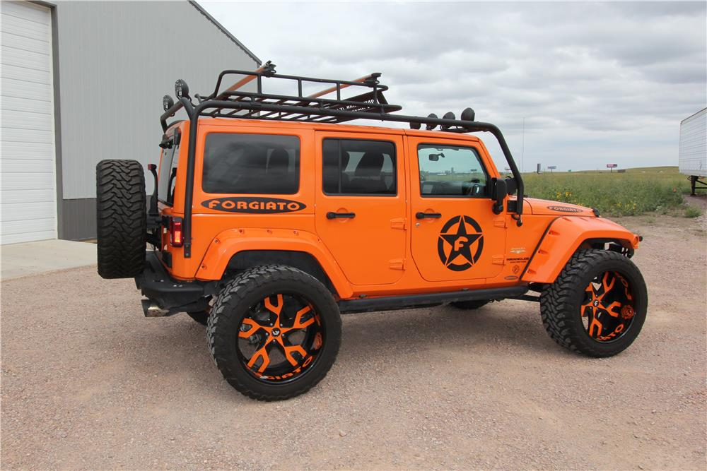 2012 JEEP WRANGLER UNLIMITED CUSTOM SUV - Side Profile - 180890