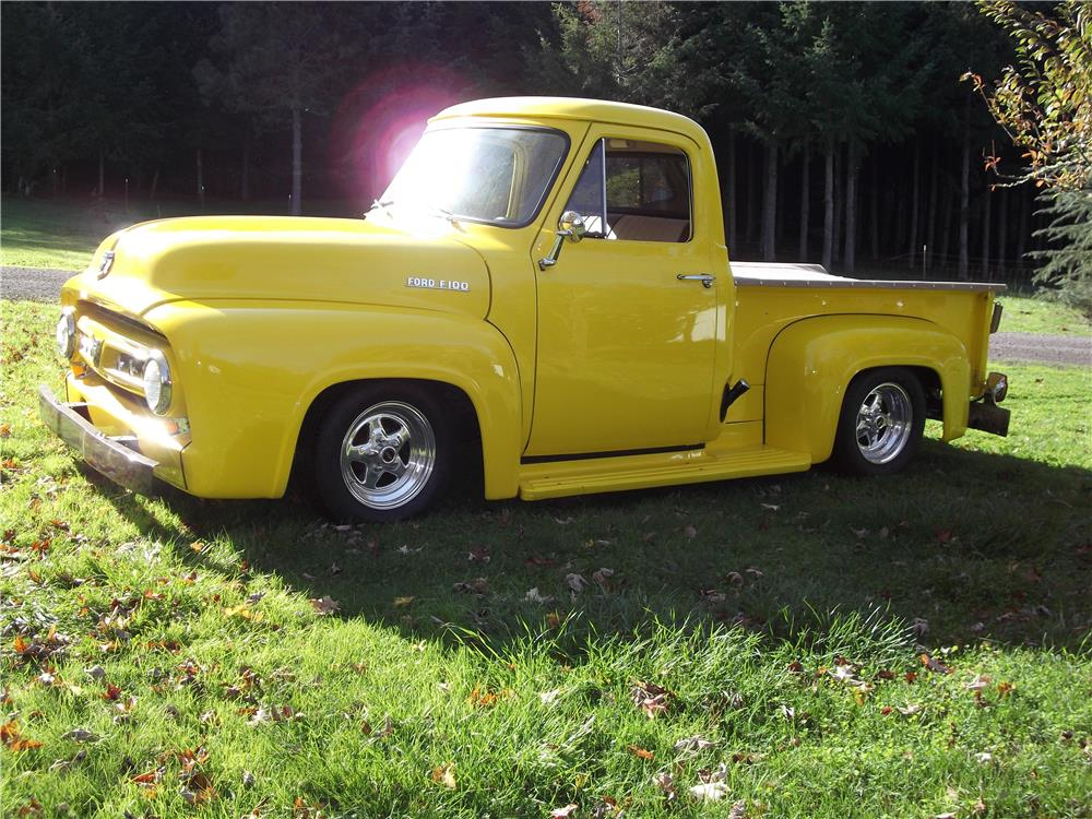 1953 FORD F-100 CUSTOM PICKUP - Front 3/4 - 180895