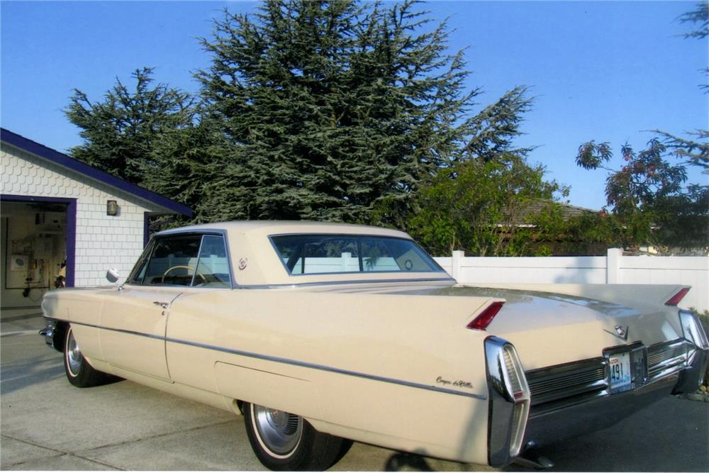 1964 CADILLAC COUPE DE VILLE - Rear 3/4 - 180896