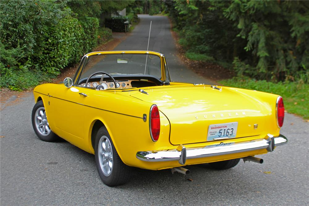 1965 SUNBEAM TIGER CONVERTIBLE - Rear 3/4 - 180924