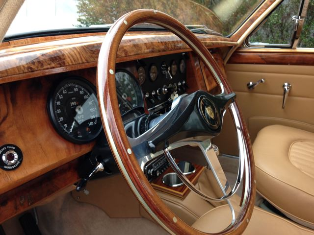 1963 JAGUAR MARK II SEDAN - Interior - 180926
