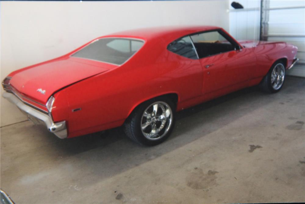 1969 CHEVROLET CHEVELLE CUSTOM - Rear 3/4 - 180964