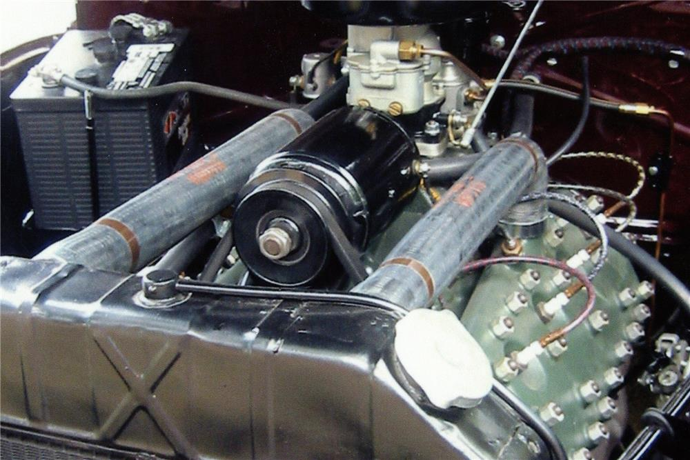 1939 MERCURY 99A SPORT CONVERTIBLE - Engine - 180982