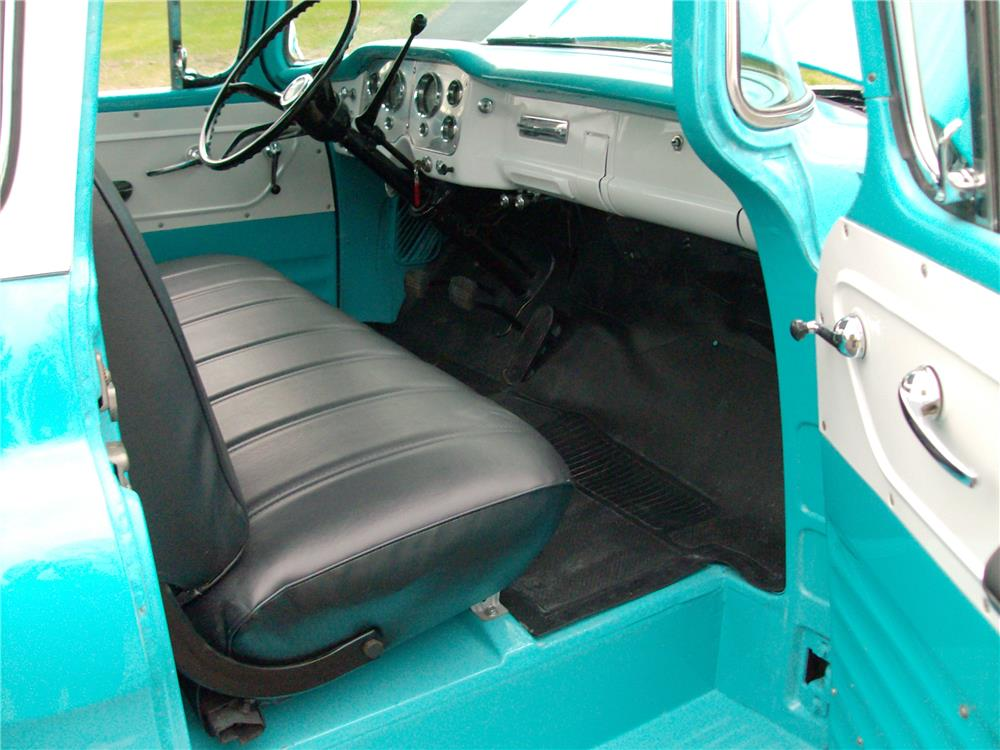 1957 GMC 100 PICKUP - Interior - 181001