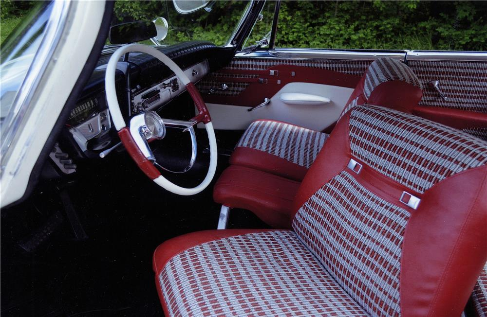 1959 PLYMOUTH SPORT FURY - Interior - 181010