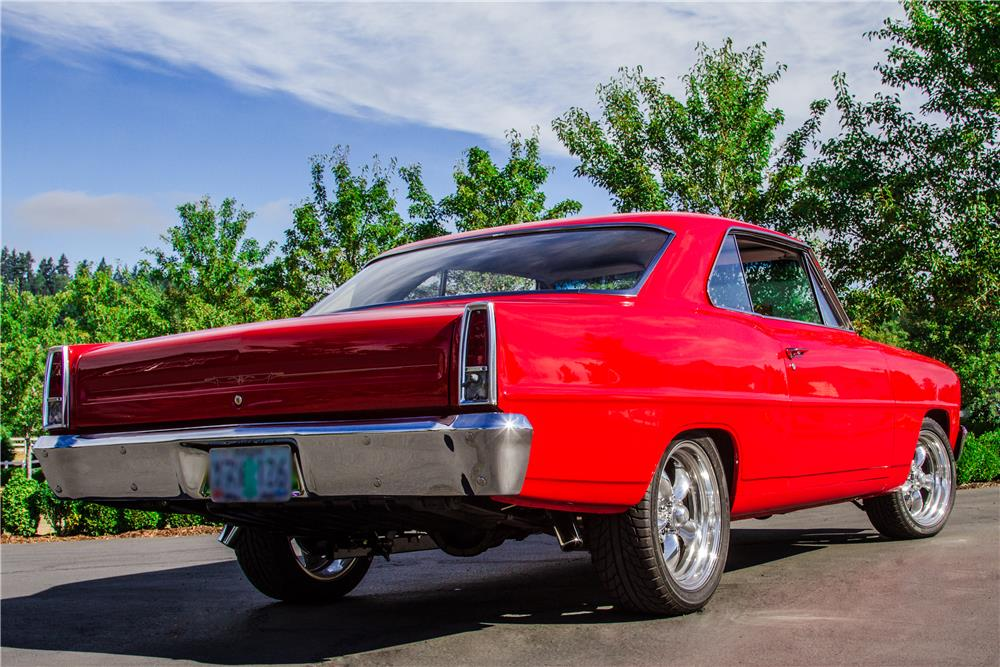 1966 CHEVROLET NOVA CUSTOM - Rear 3/4 - 181021