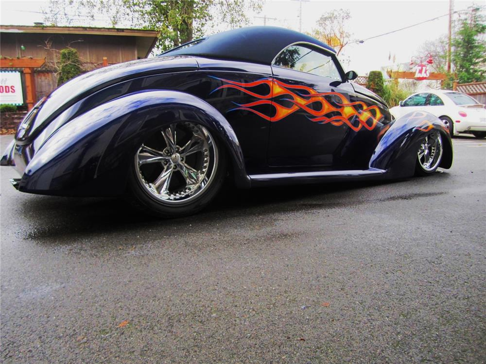 1939 Ford Custom Convertible 181027