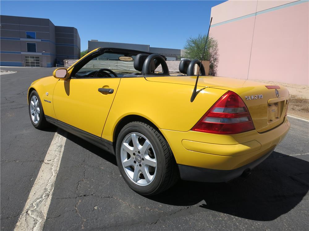 1998 MERCEDES-BENZ SLK230 CONVERTIBLE - Rear 3/4 - 181045