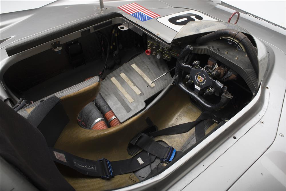 2000 CADILLAC NORTHSTAR LMP RACE CAR - Interior - 181046