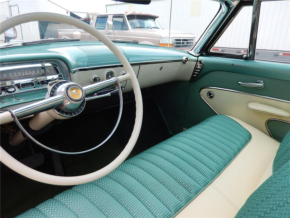 1954 MERCURY SUN VALLEY 2 DOOR HARDTOP - Interior - 181048