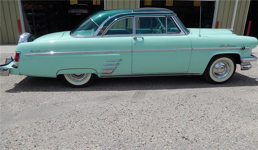 1954 MERCURY SUN VALLEY 2 DOOR HARDTOP - Side Profile - 181048