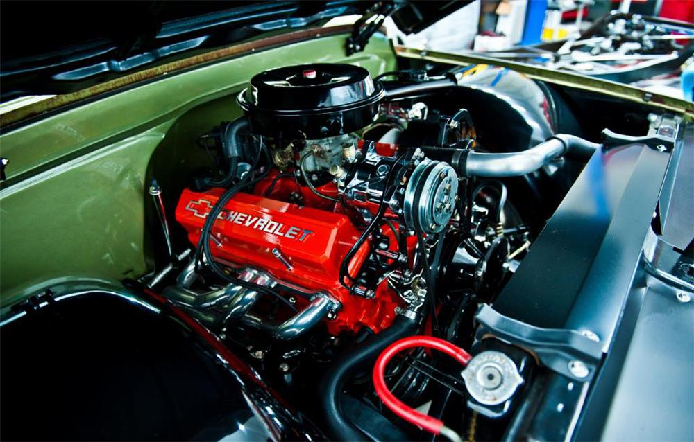 1971 CHEVROLET C-10 CUSTOM PICKUP - Engine - 181054