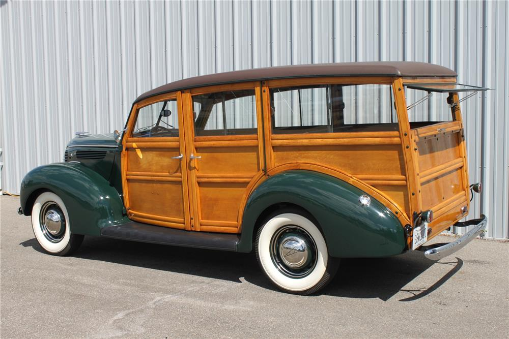 1938 ford 4 door woody wagon 181059