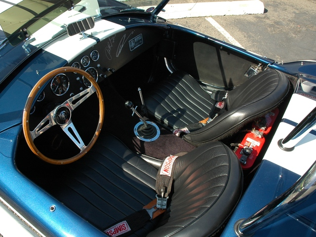 1965 SHELBY COBRA 4000 ROADSTER - Interior - 181078