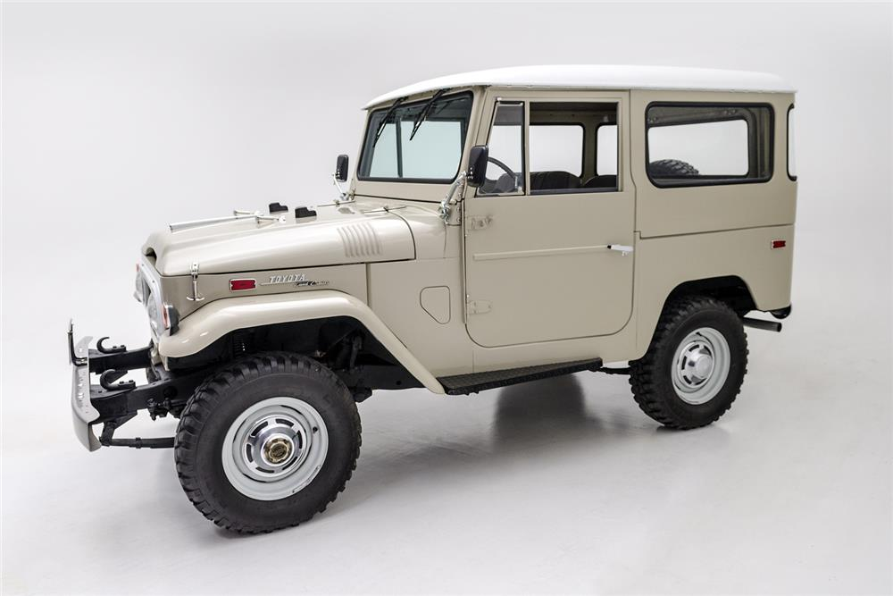 1970 TOYOTA LAND CRUISER FJ-40 SUV - Side Profile - 181081