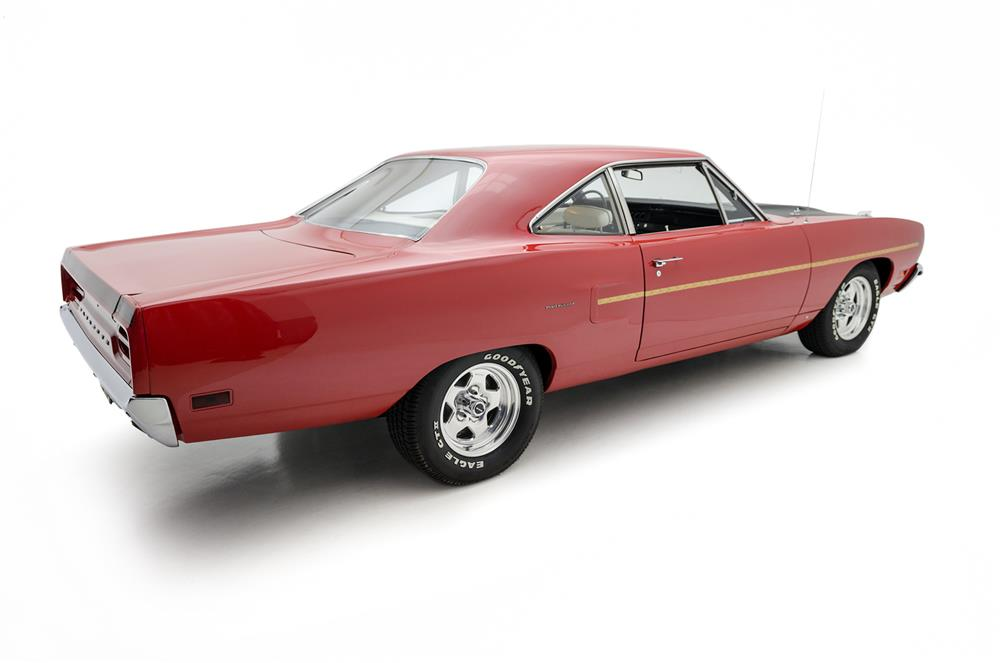 1970 PLYMOUTH ROAD RUNNER - Side Profile - 181088