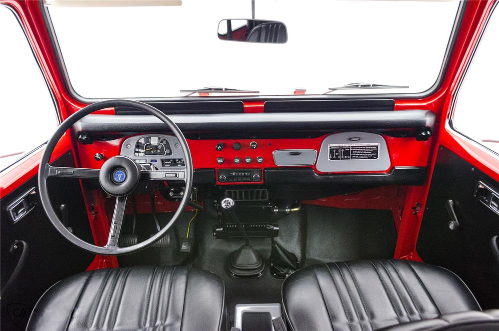 1976 TOYOTA LAND CRUISER FJ-40 SUV - Interior - 181090