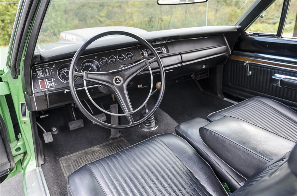 1969 DODGE SUPER BEE - Interior - 181098