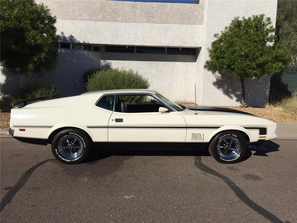 1971 FORD MUSTANG MACH 1 FASTBACK - Side Profile - 181127