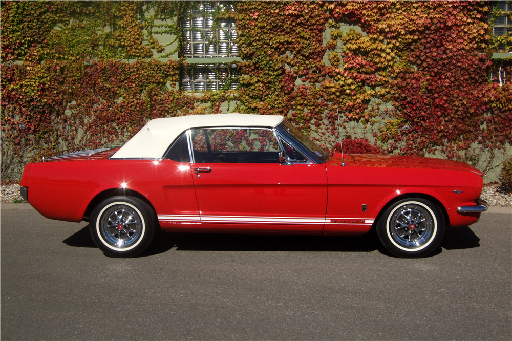 1965 FORD MUSTANG GT CONVERTIBLE - Side Profile - 181158