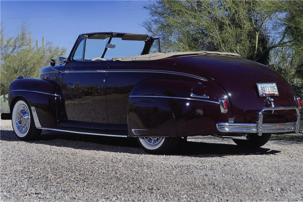 1941 FORD SUPER DELUXE CUSTOM CONVERTIBLE - Rear 3/4 - 181190