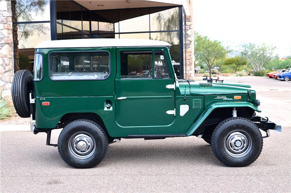 1972 TOYOTA LAND CRUISER FJ-40 SUV - Side Profile - 181216