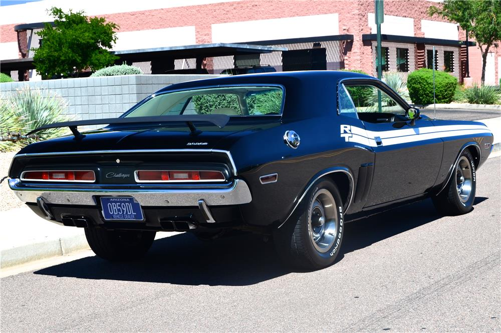 1971 DODGE CHALLENGER CUSTOM - Rear 3/4 - 181219