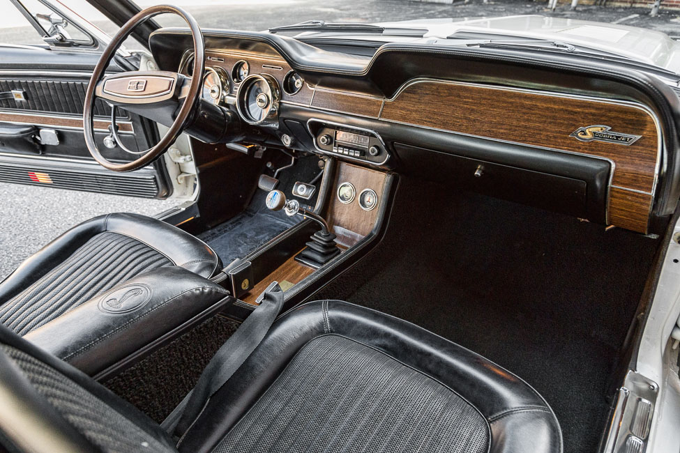 1968 SHELBY GT500 KR FASTBACK - Interior - 181227