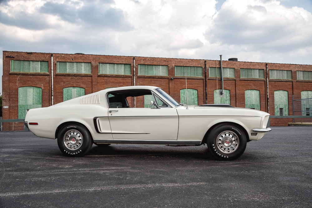 1968 FORD MUSTANG GT 428 CJ FASTBACK - Side Profile - 181229