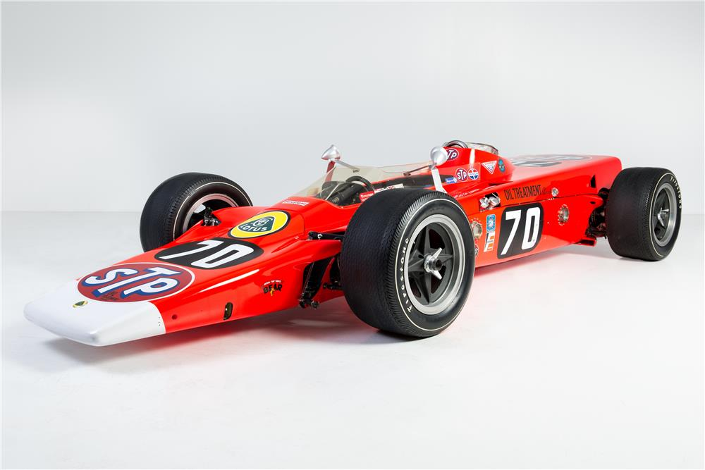 1968 LOTUS TURBINE-POWERED INDY RACE CAR - Front 3/4 - 181235
