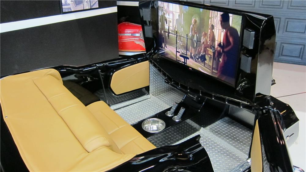2002 LCHIH TRAILER - Interior - 181266