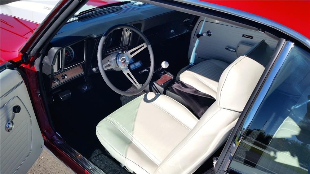1969 CHEVROLET CAMARO 2 DOOR COUPE - Interior - 181267
