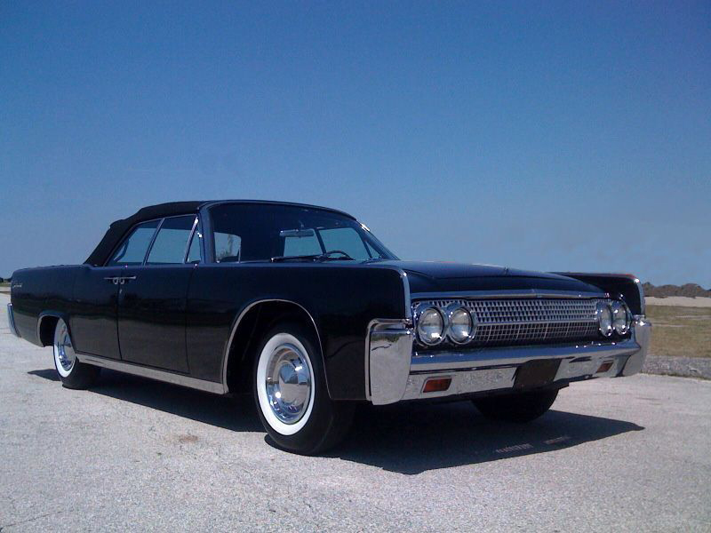 1962 LINCOLN CONTINENTAL 4 DOOR CONVERTIBLE - Front 3/4 - 181276