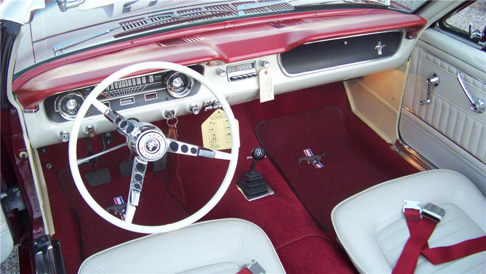 1965 FORD MUSTANG CONVERTIBLE - Interior - 181302