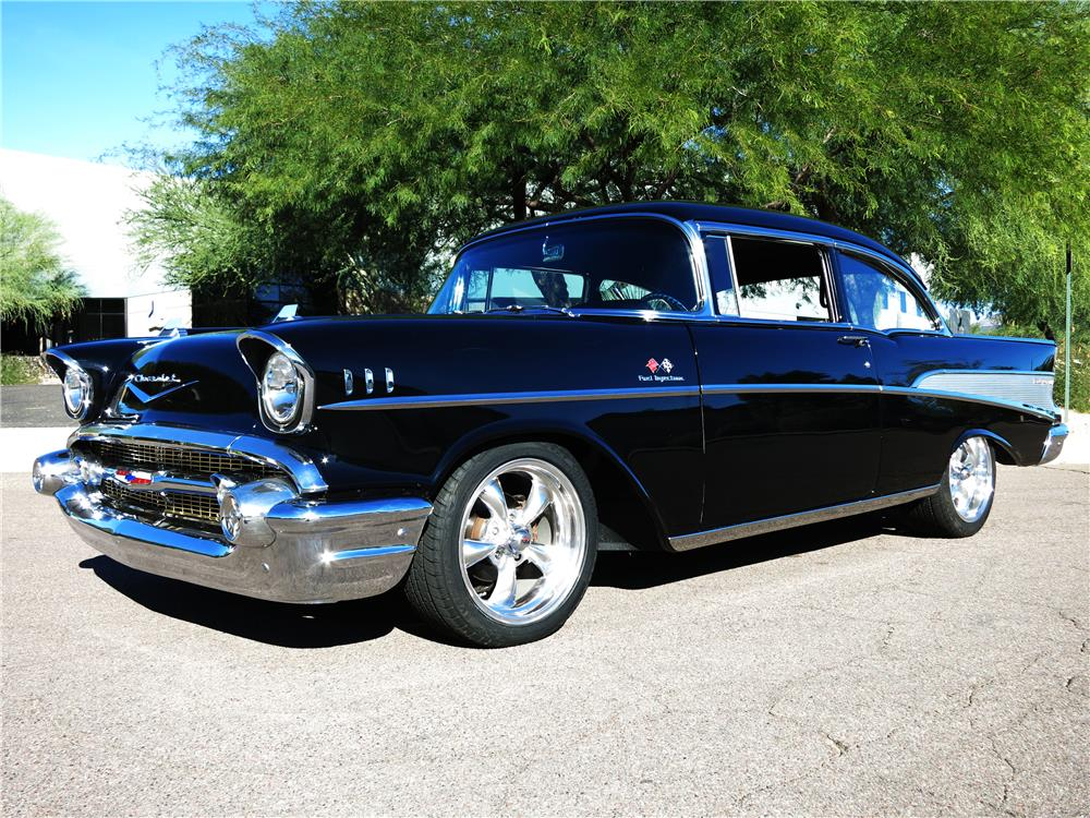 1957 CHEVROLET BEL AIR CUSTOM - Front 3/4 - 181343