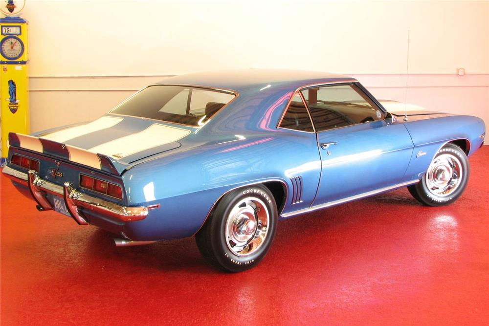 1969 CHEVROLET CAMARO Z/28 - Rear 3/4 - 181346