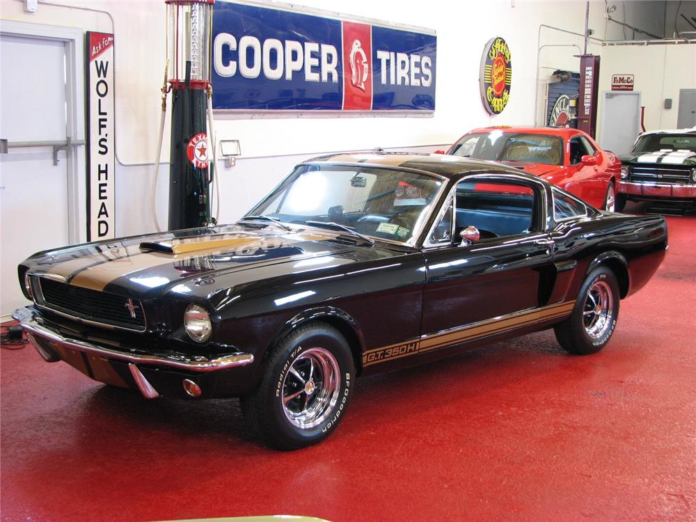1966 SHELBY GT350H FASTBACK - Front 3/4 - 181351